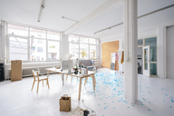 Empty business loft - KNSF02981