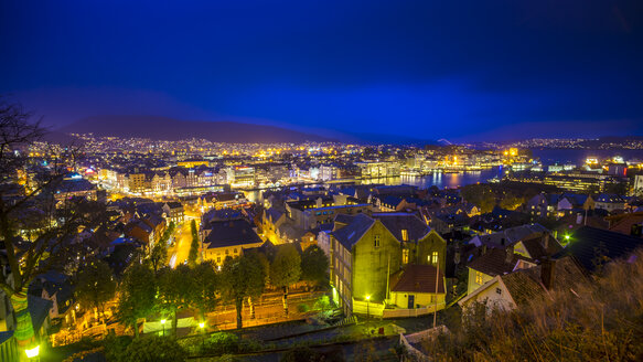 Norway, Hordaland, Bergen, Panoramic view at night - BIGF00067