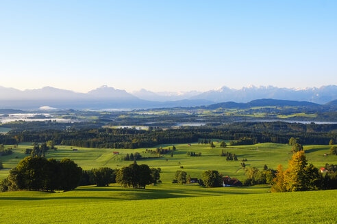 Germany, Bavaria, Upper Bavaria, Allgaeu, Pfaffenwinkel, Bernbeuren, View from Auerberg - SIEF07642