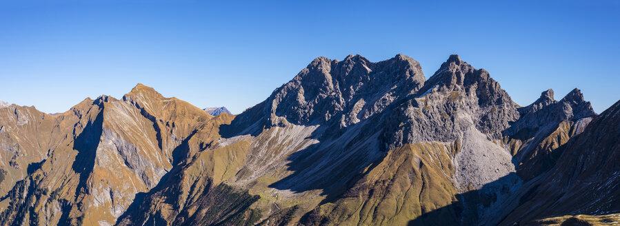 Germany, Bavaria, Allgaeu,  Allgaeu Alps, Raedlergrat at Himmelhorn, Schneck, Himmeleck, Grosser Wilder and Kleiner Wilder - WGF01147