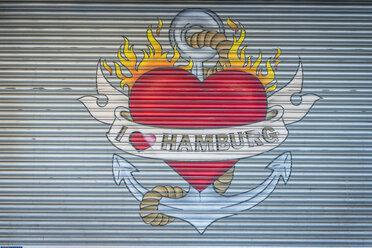 Germany, Hamburg, Altona, I love Hamburg, painting on roller shutter - KEB00689