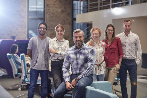 Group portrait of a team of colleagues working for a start up company - WESTF23868