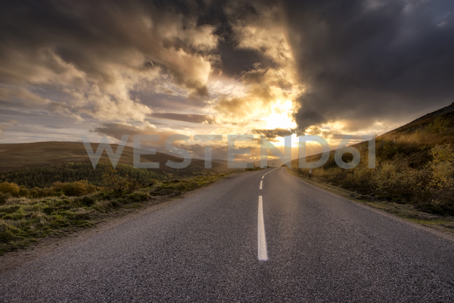 Great Britain, Scotland, Highlands, road at sunset - SMAF00904