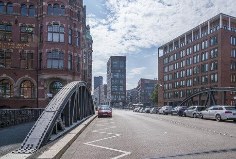 Germany, Hamburg, Speicherstadt, Building of Hamburger Hafen und Logistik AG left - PVCF01241