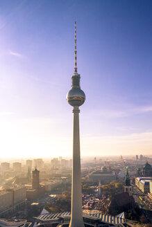 Germany, Berlin, Berlin-Mitte, Berlin TV Tower in the morning - PUF00989
