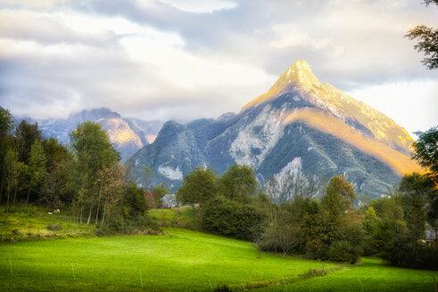 Slovenia, Bovec, Triglav National Park, Kanin Valley in autumn, evening mood - CSTF01559