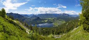 Austria, Styria, Salzkammergut, Ausseerland, Altaussee, Lake Altausseer See and Dachstein - WWF04026