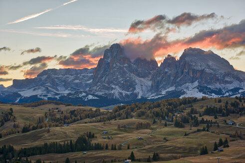 Italy, South Tyrol, Seiser Alm, Langkofel and Plattkofel at sunrise - LOMF00675