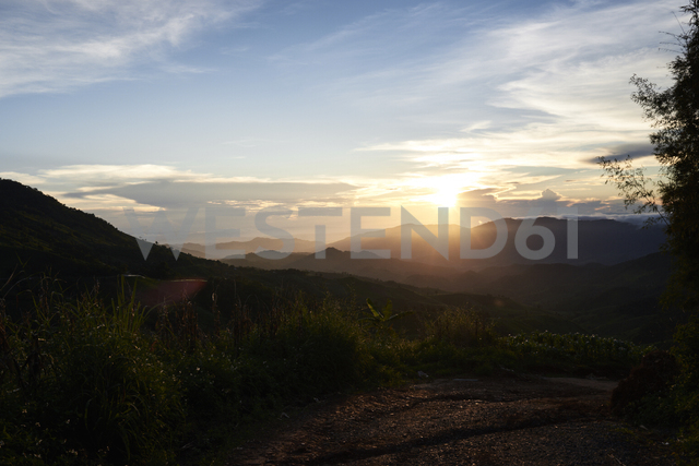 Thailand, sunset from the top of Phu Chi Fa mountain - IGGF00335