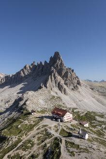 Italy, Sexten Dolomites, Tre Cime di Lavaredo, Nature Park Tre Cime, Rifugio Antonio Locatelli - RPS00090