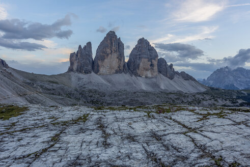 Italy, Sexten Dolomites, Tre Cime di Lavaredo, Nature Park Tre Cime - RPSF00114