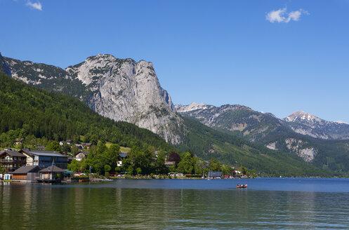 Austria, Styria, Salzkammergut, Ausseerland, Grundlsee - WWF04112