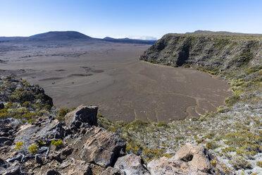 Reunion, Reunion National Park, Piton de la Fournaise, Route du volcan, Plaine des Sables - FOF09629