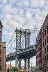 USA, New York City, Manhattan Bridge - RPSF00150
