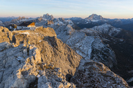 Italy, Veneto, Dolomites, Pelmo and Civetta in the evening light - LOMF00687