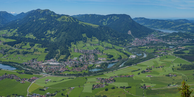 Germany, Bavaria, Allgaeu,  Panoramic view from Gruenten to Iller Valley, Blaichach, Immenstadt, Alpsee and Allgaeu Alps - WGF01159