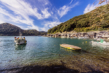 Japan, Kyoto Prefecture, fishing village Ine, townscape - THAF02086