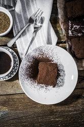 Homemade brownie on plate - GIOF03754