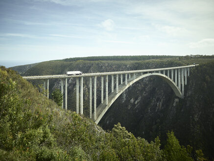 South Africa, Tsitsikamma National Park, Garden Route, Bloukrans Bridge - CVF00033