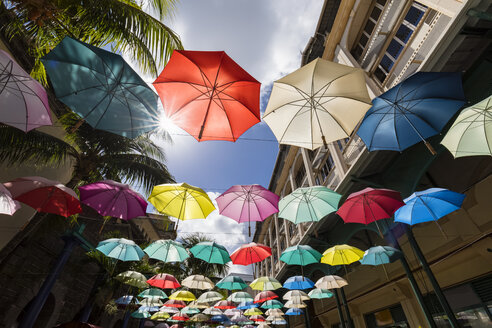 Mauritius, Port Louis, Caudan Waterfront, Umbrella Square - FOF09741