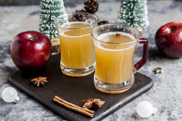 Apple punch, apple, cinnamon, star anise - SARF03488