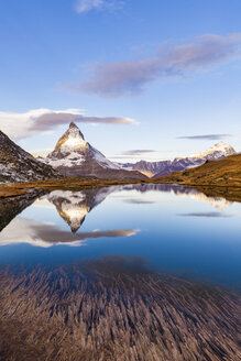 Switzerland, Valais, Zermatt, Matterhorn, Lake Riffelsee in the morning - WDF04337