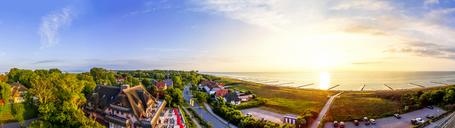 Germany, Mecklenburg-Western Pomerania, Ahrenshoop, - PUF01131