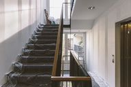 Renovation of staircase - MFF04368