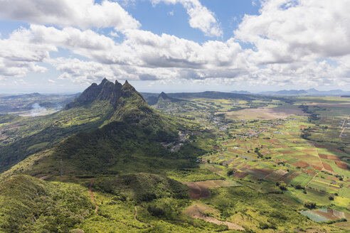 Mauritius, View from Le Pouce Mountain to summits Grand Peak,  Creve Coeur and Pieter Both - FOF09797