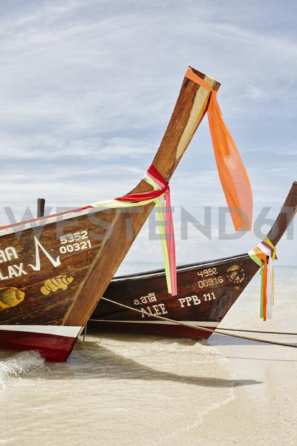 Thailand, Phi Phi Islands, Ko Phi Phi, moored long-tail boats - RORF01076