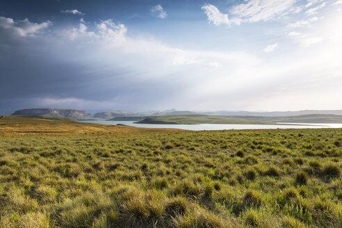 Africa, South Africa, Harrismith, Sterkfontein Dam, Drakensberge - FPF00144