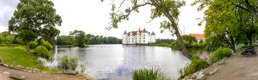 Germany, Schleswig-Holstein, Gluecksburg, Castle - PU01196