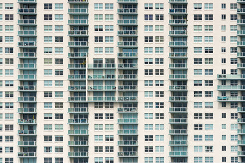 USA, Florida, Miami, Venetian Islands, facade of an apartment tower with balconies - SHF01989