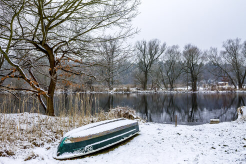 Germany, Brandenburg, Havelland, River Havel in winter - PUF01255