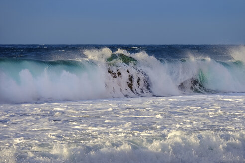 Spain, La Gomera, Atlantic Ocean, wave - SIEF07704