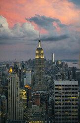USA, New York, Manhattan, Empire State Building and One World Trade Center in background - DAPF00879