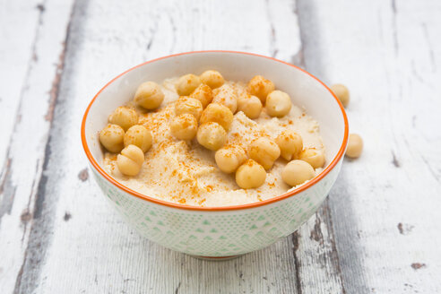 Bowl of Hummus garnished with chick peas - LVF06663
