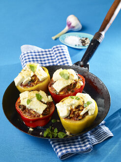Stuffed bell peppers in pan - SRSF00631