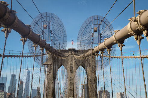 USA, New York City,  Brooklyn Bridge - SEEF00008
