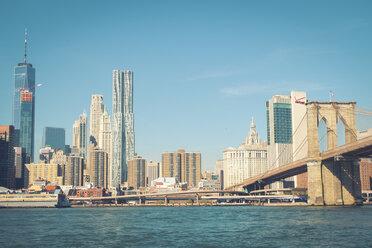 USA, New York City, skyline and Brooklyn Bridge as seen from Brooklyn - SEEF00023