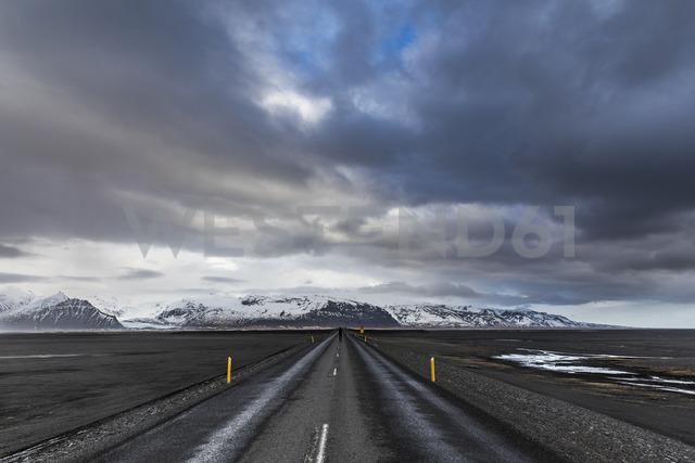 Iceland, Vik, Ring road after rain - WPEF00099