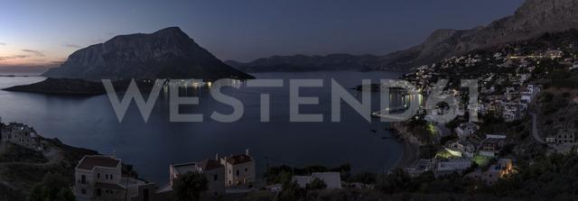 Greece, Kalymnos, coastal town at night - ALRF00918