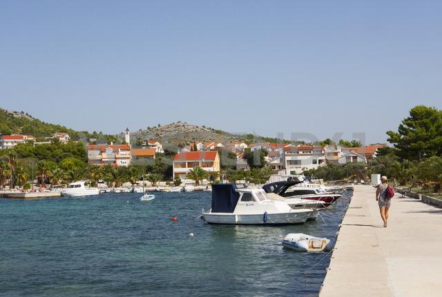 Croatia, Dalmatia, Zaboric, harbour and fishing boats - WWF04162
