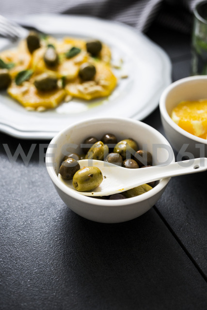 Bowl of green olives - GIOF03873