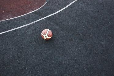 Basketball on court - VPIF00323