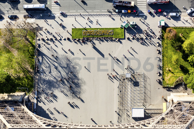 France, Ile-de-France, Paris, aerial top view of people next to the Eiffel tower - WPEF00125