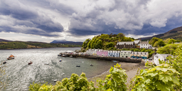 United Kingdom, Scotland, Isle of Skye, Portree, harbor - WDF04460