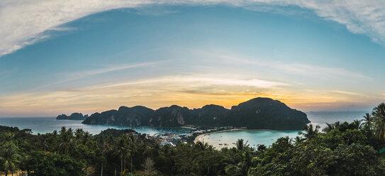 Thailand, Phi Phi Islands, view over Ko Phi Phi at sunset - KKAF00877