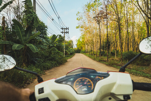 Thailand, motorbike trip through the jungle - KKAF00901