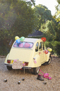 Newlywed's car decorated with balloons - CAIF00764